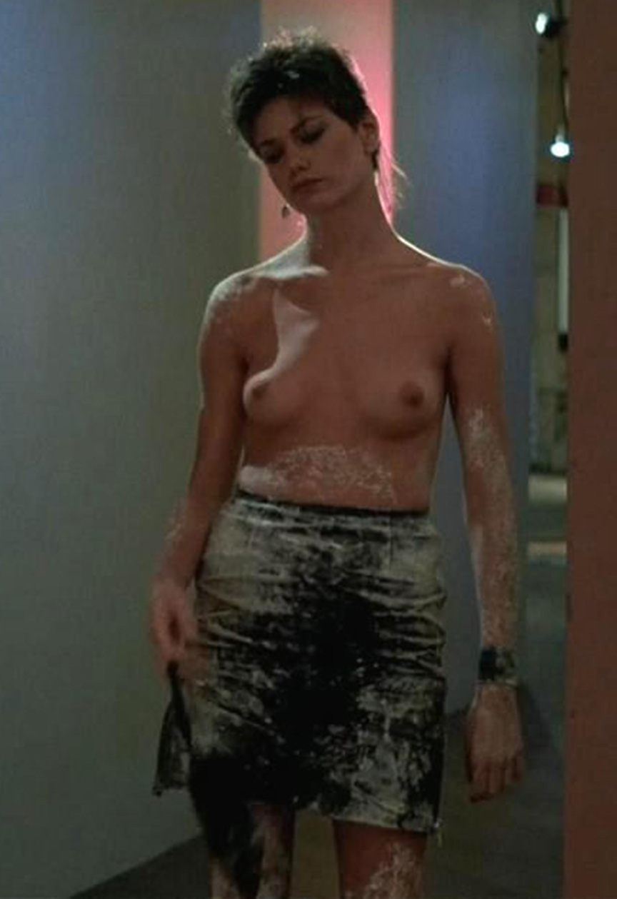 "Genevieve Bujold Nude with miley cyrus eyebrows: linda fiorentino (""men in black"")"
