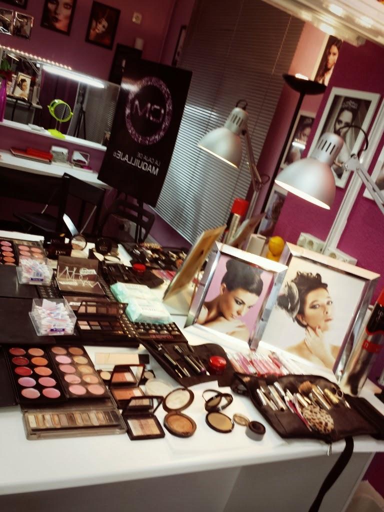 Maquilladores de novias, clases de automaquillaje y Beauty Party.