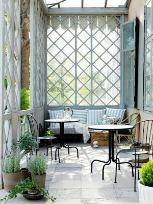drewniana weranda, francuska weranda, veranda, pomysł na werandę
