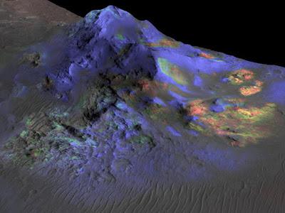 Astrônomos encontram vidro em crateras de Marte