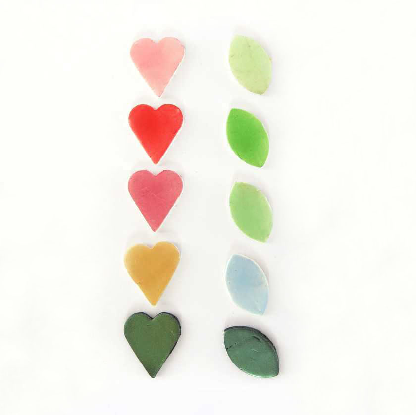 Colouring polymer clay