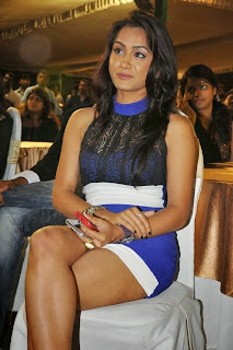 Smitika Acharya Pictures in Short Dress at Jabilli Kosam Akasamalle Audio Launch ~ Celebs Next