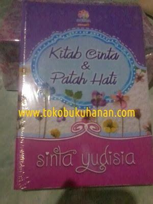 Buku : KITAB CINTA DAN PATAH HATI : Sinta Yudisia