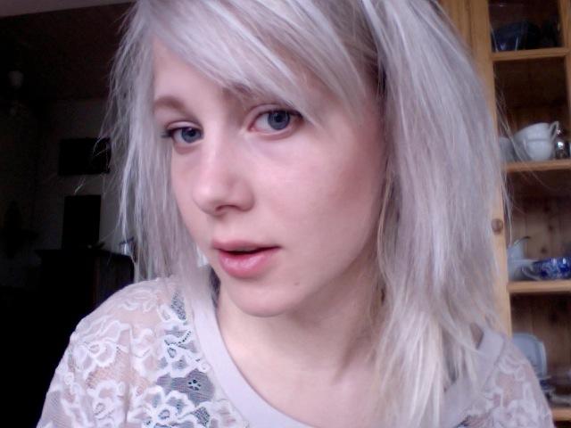 hiusmallit pyöreät kasvot mällit sisään
