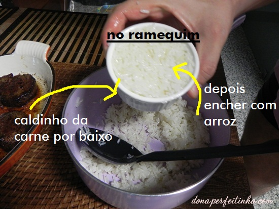 O arroz no ramequim pode ser ainda mais gostoso e bonito