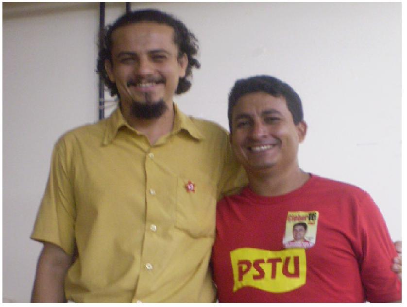 FOTO: SETEMBRO-2010. NA UFPA. PROFº. HISTÓRIA BRUNO E CLEBER/PSTU (CANDIDATO A GOVERNADOR EM 2010)