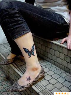 Tatuagens femininas nos pés 17