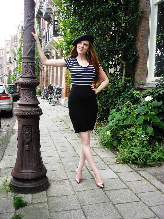 Parisian Parisienne Outfit Breton Stripes Baret Cap Toe Rose Shoes