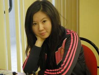 Echecs: Ju Wenjun (2526)