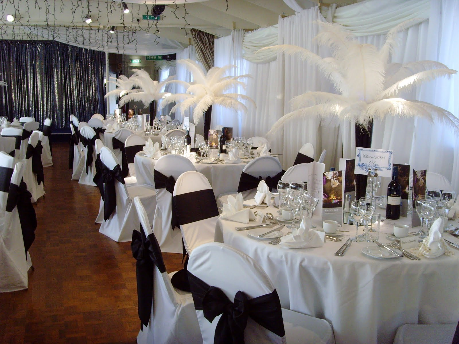 The best wedding decorations wedding venues decorations guide for Wedding banquet decorations