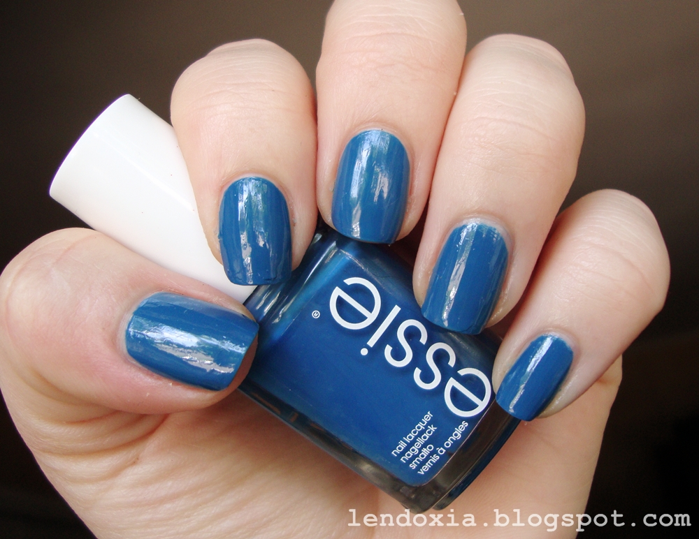 Essie Hide & go chic blue nail polish