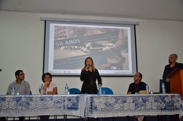 Teatro, música e palestras analisam os 50 anos do golpe militar na Semana de História das FVR