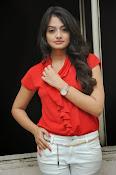 Nikitha Narayan Glam pix-thumbnail-12