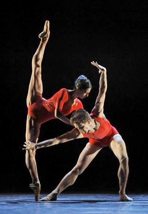 Elisa Carrillo. Bailarina