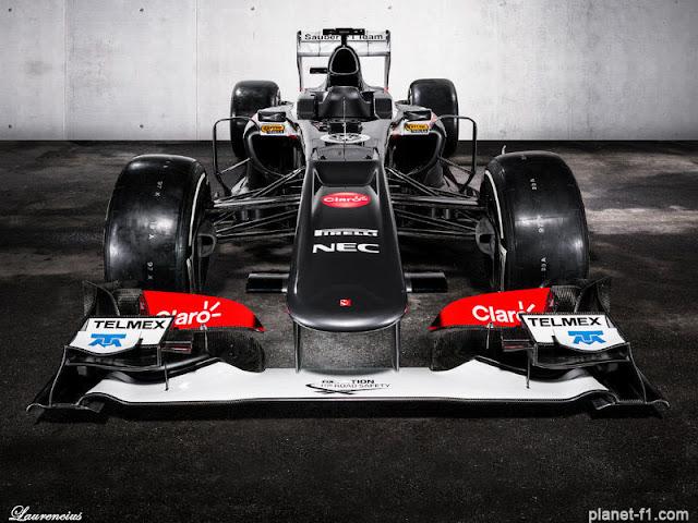 F1-Sauber-C32-launch-2013