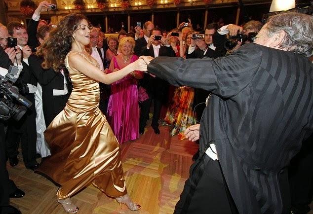 Karima Rashida el-Mahroug (aka Ruby Rubacuori) & Richard Lugner.