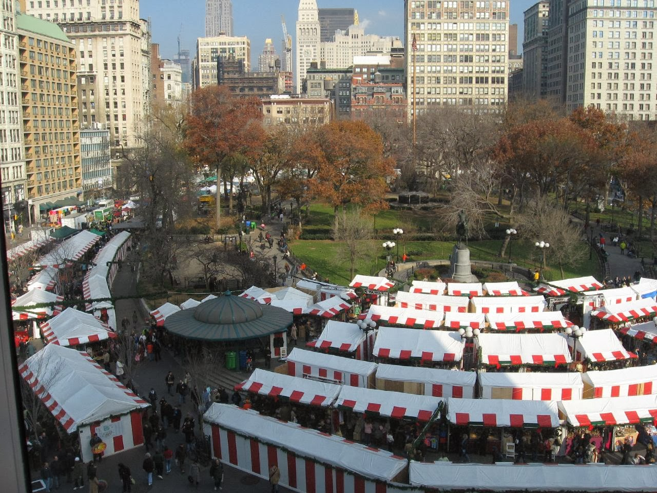 Working the Union Square Holiday Market - Tracy Kaler\'s New York ...