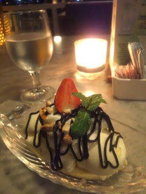 Ice cream sundae at Boardwalk Restaurant Kuta Bali
