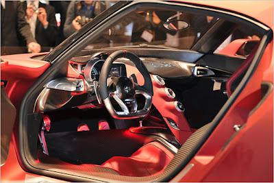 Alfa-Romeo-4C-Concept-Live-2012-car-3