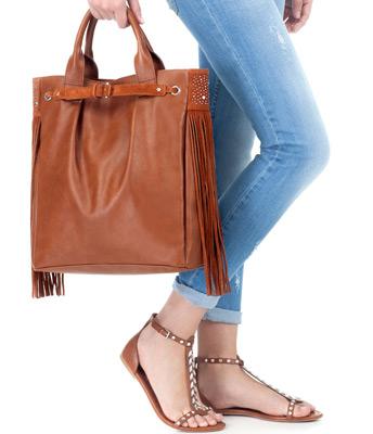Stradivarius zapatos y bolsos primavera verano 2013