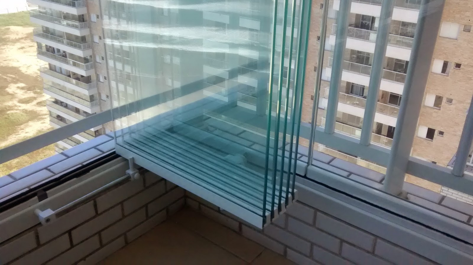 #846E47 vidro temperado x vidro laminado o vidro temperado é um 1756 Janela De Aluminio Ou Vidro Temperado