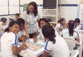 Educação do RN: Professora de escola estadual recebe prêmio de abrangência nacional