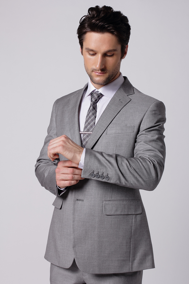 Custom Man Suits Blog: February 2013