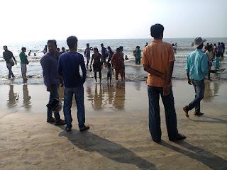 Public at Juhu beach