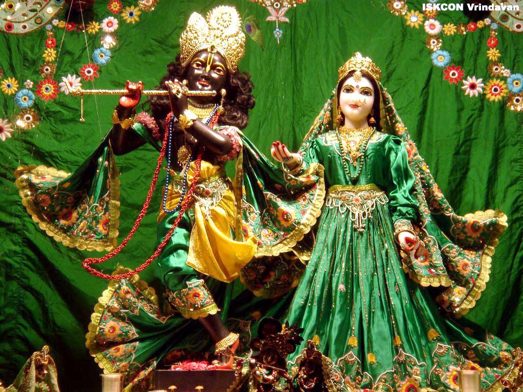 http://4.bp.blogspot.com/-9dN1mE4mJ6E/T9HmJx8mBnI/AAAAAAAAAVE/GYMRf8ocsJM/s1600/Lord+Krishna+Wallpapers+%25282%2529.jpg