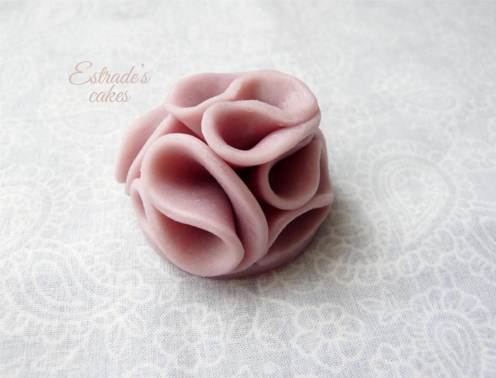 Chocolate plástico de modelar blanco, prueba 2 - flor