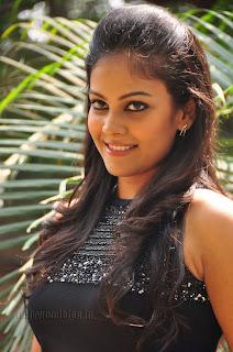 Chandini at kaalicharan premier show 008
