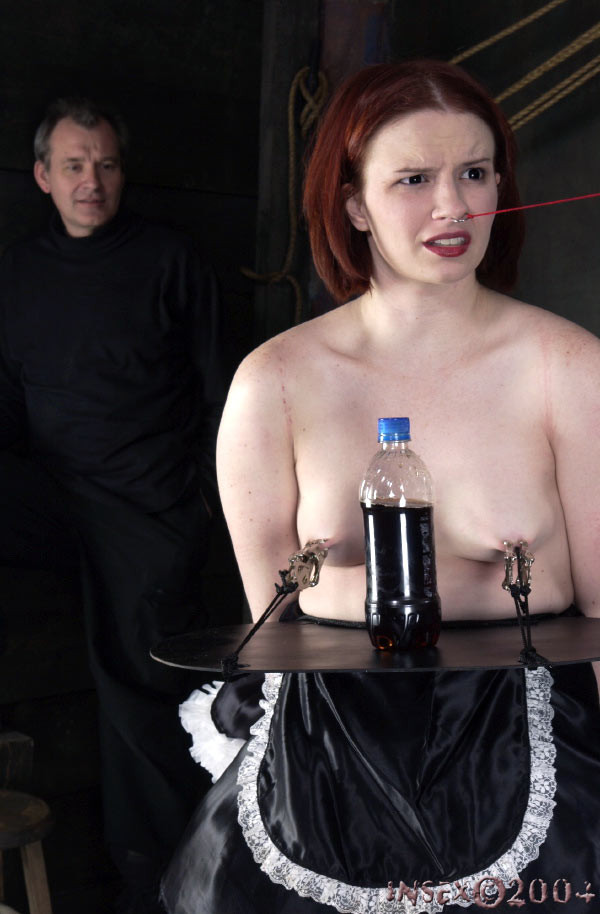 Serving tray under open boobs