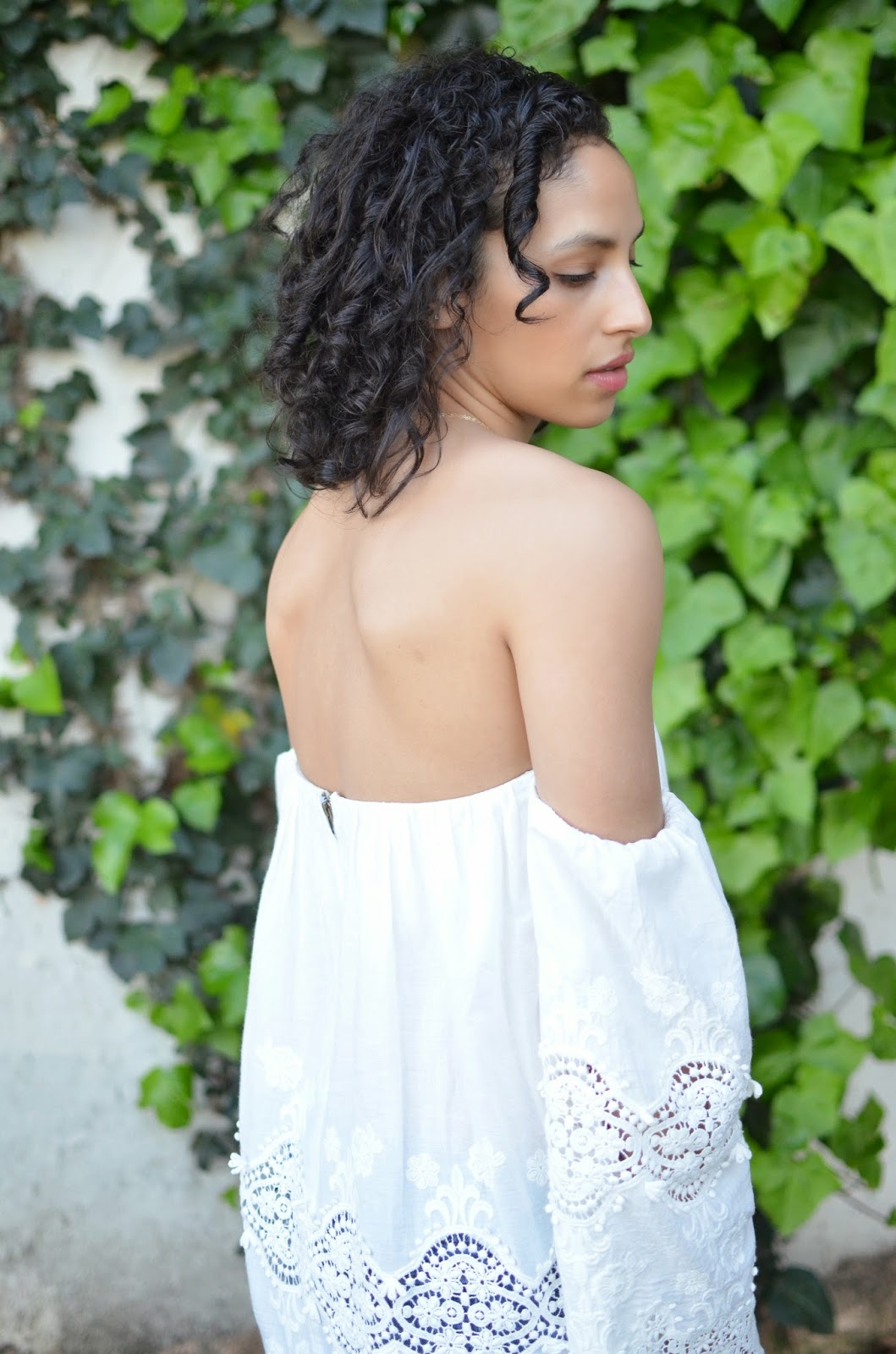 stone cold fox marrakech dress, stone cold fox, revolve clothing, short curly hair,SF street style, short curly hair