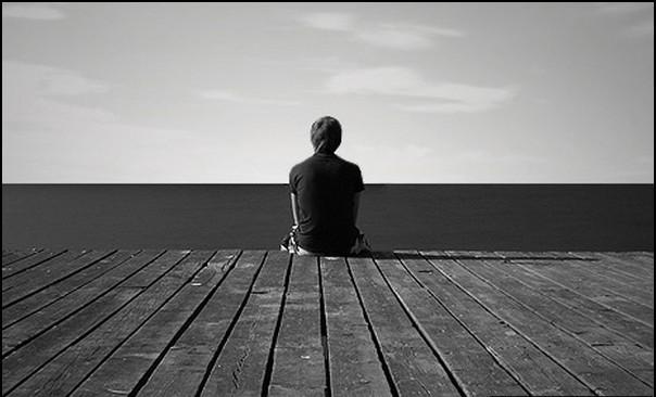 Hình ảnh buồn khóc cô đơn