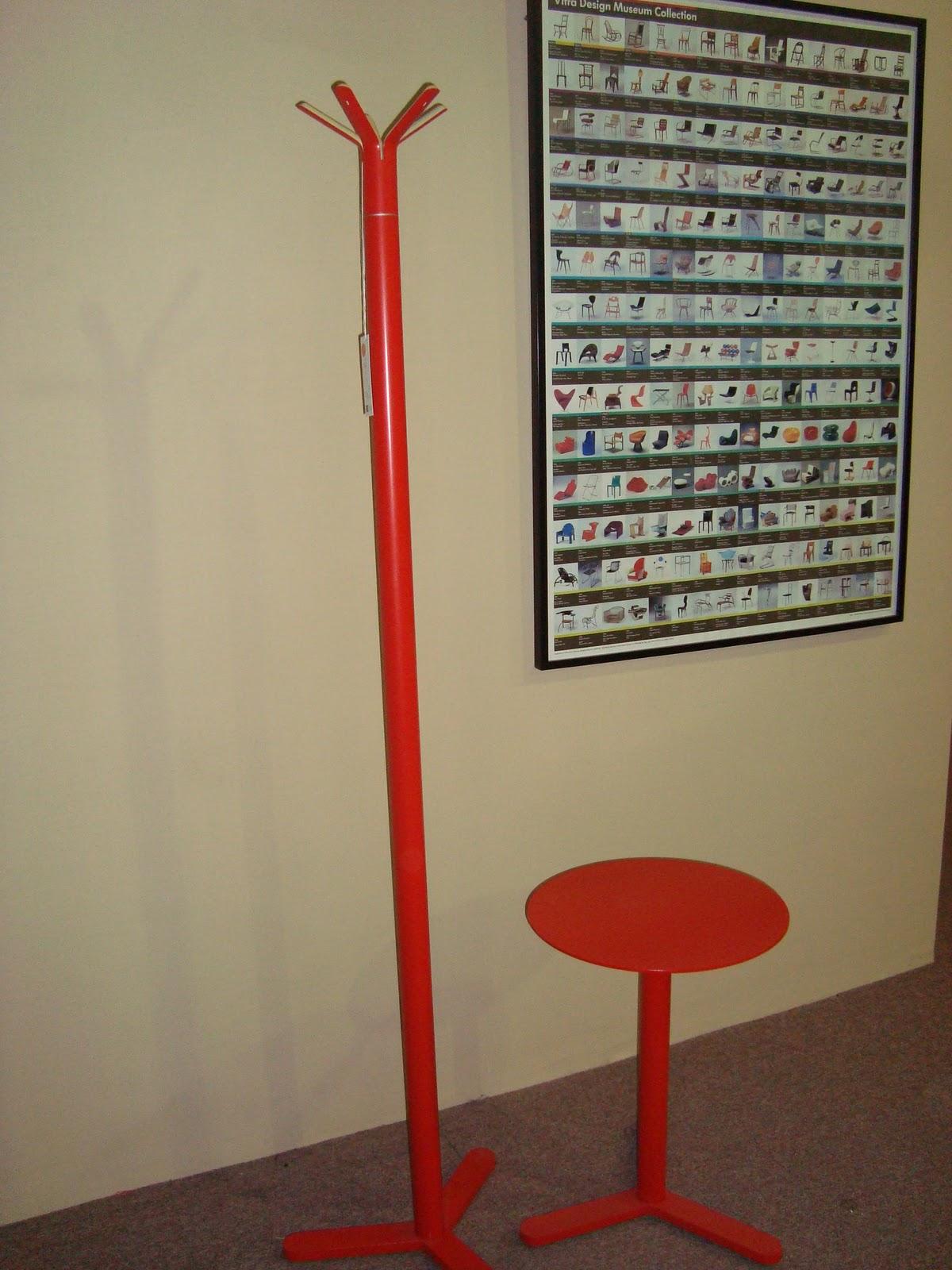 Liquidacion muebles de dise o percheros for Liquidacion muebles diseno