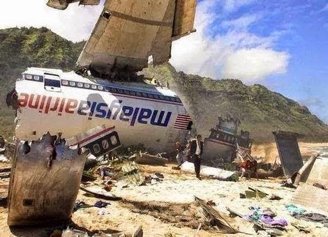 Pesawat Malaysia Airlines MH17 Ditembak Jatuh di Ukraine [2]