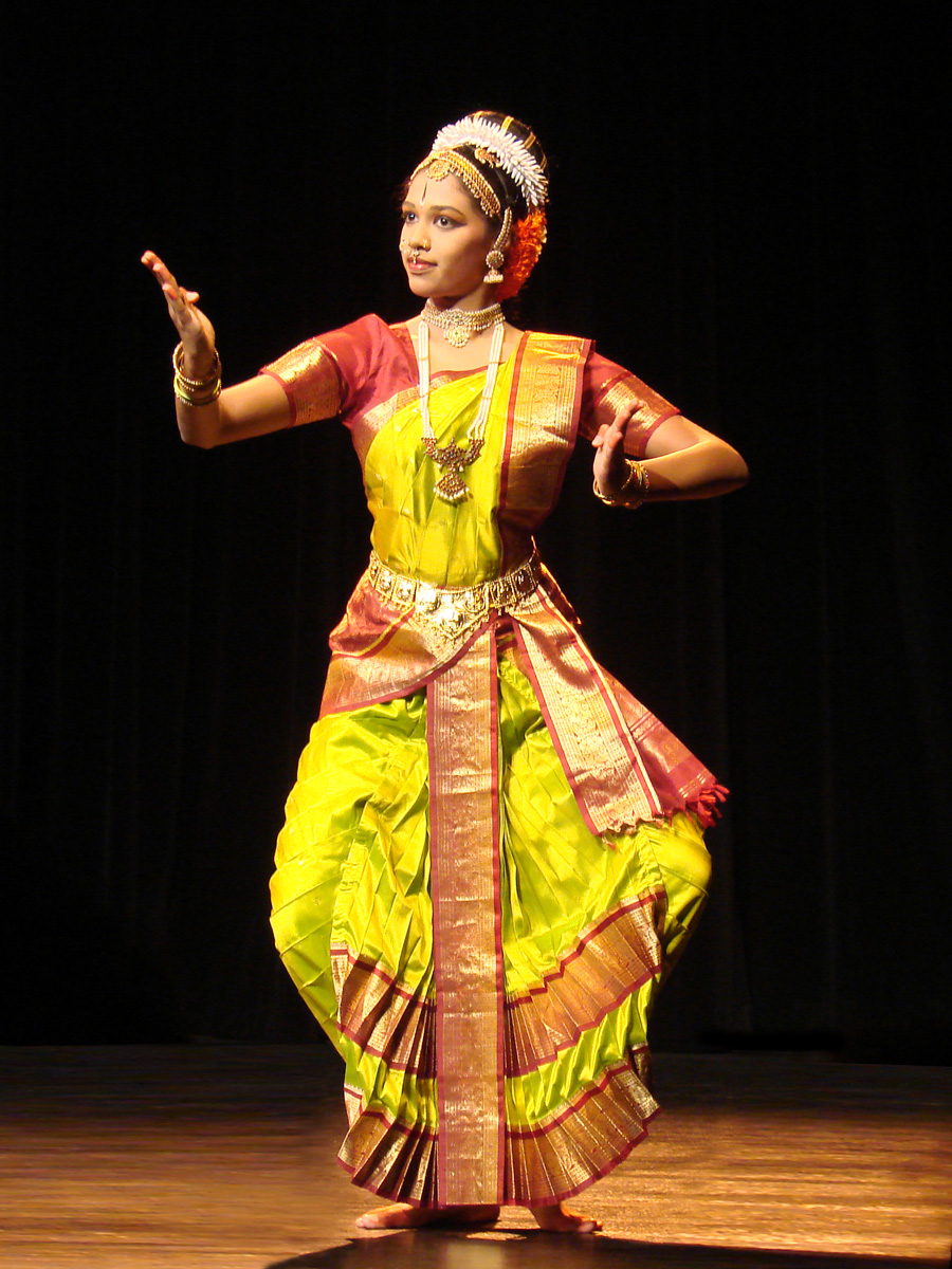 indian classical dance The therapeutic value of indian classical, folk and innovative dance therapeutic value of indian classical dances indian classical dances and their ancient.