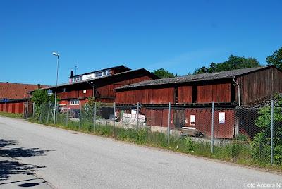 Höör, rivningshus, rivet hus, vid järnvägsstationen, byggmarknad, byggland