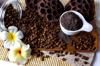 Uses of coffee as a beauty treatment