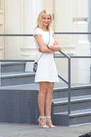 Cameron Diaz leggy in short white dress