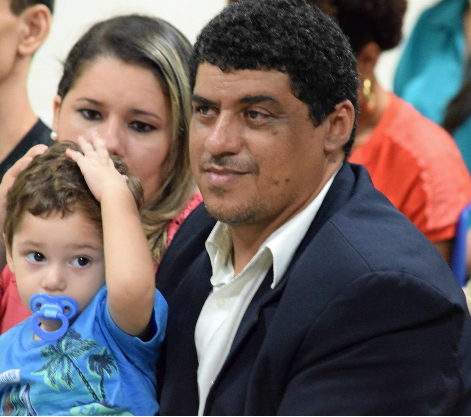 Pr. Francisco Lopes e Família
