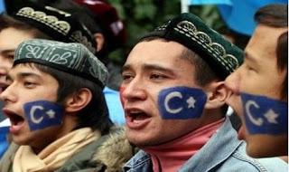 Pemerintah China Larang Muslim Uighur Puasa Ramadhan dan Mengkaji AlQuran