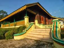 Istana Lama :