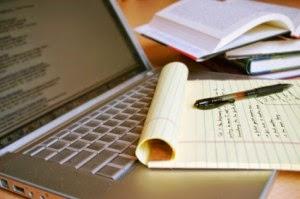 Vrei să știi cum se scrie o carte?