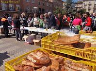 """L'arribada a la Plaça de l'Ajuntament de Navàs. Autor: Francesc """"Caminaire"""""""