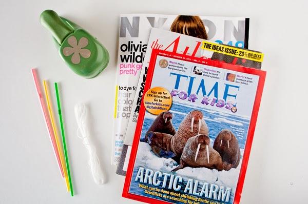 Collar con papel de regalo reciclado en Recicla Inventa