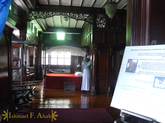 Emilio Aguinaldo's bedroom in Aguinaldo Shrine