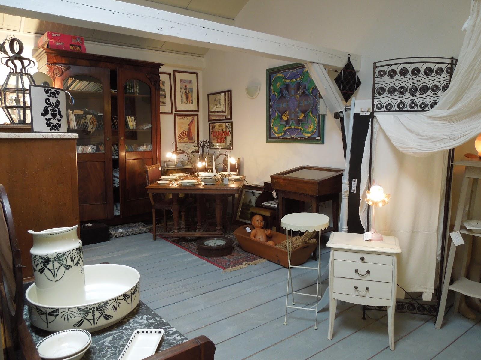 d p t vente honfleur le grenier de honfleur cot table manger cot chemin e. Black Bedroom Furniture Sets. Home Design Ideas