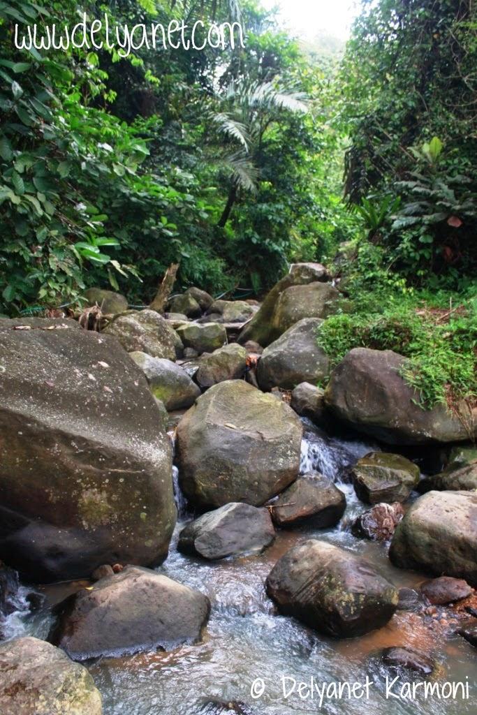 Sungai di Kampung Urug