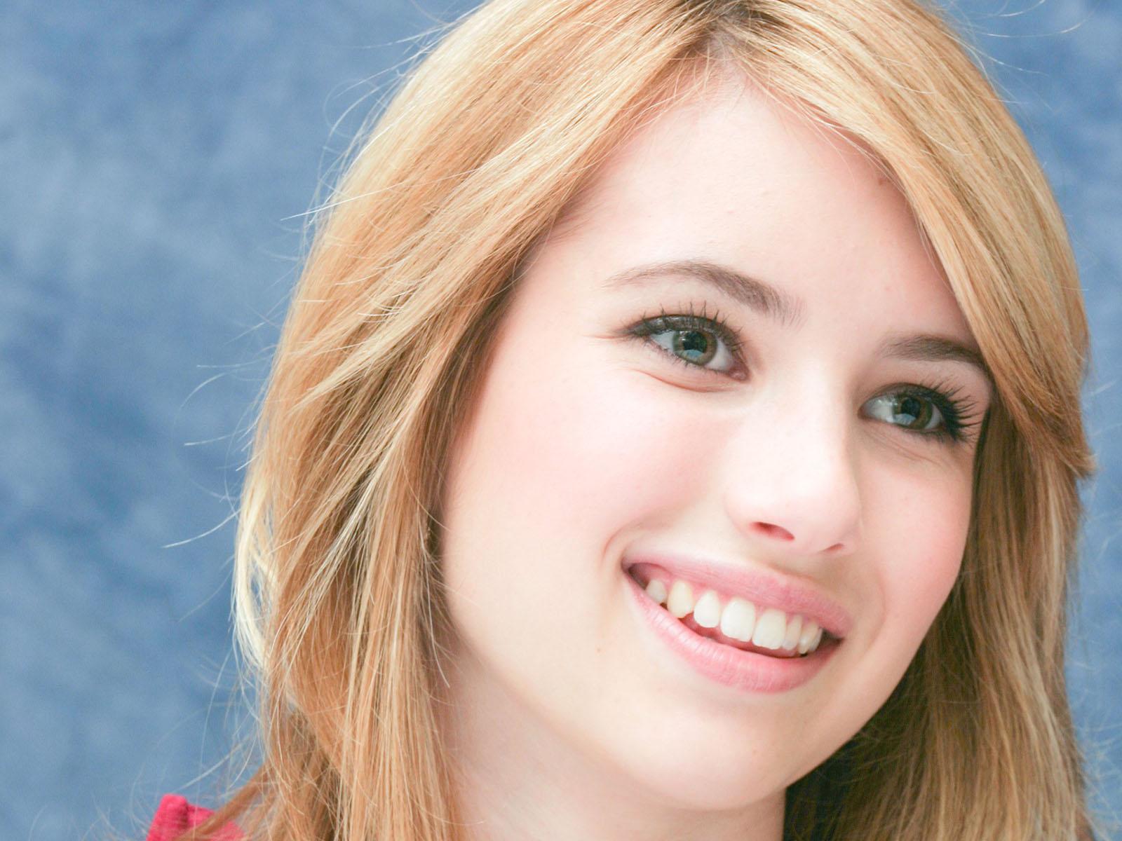 Emma_roberts_nettekeyifnet__1_jpg